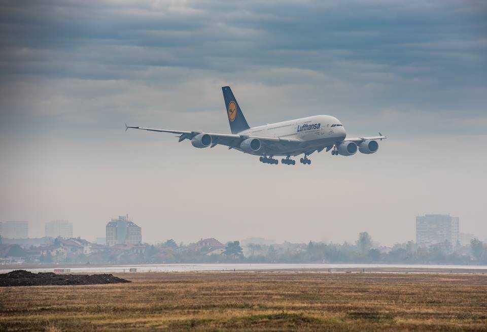 airbus-a380-lufthansa-landing-sofia-dimitar-aleksov-photography