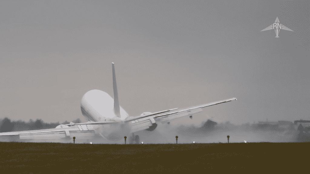 boeing-737-400-crosswind-landing-praga-1