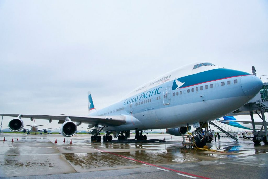 boeing-747-400-cathay-pacific