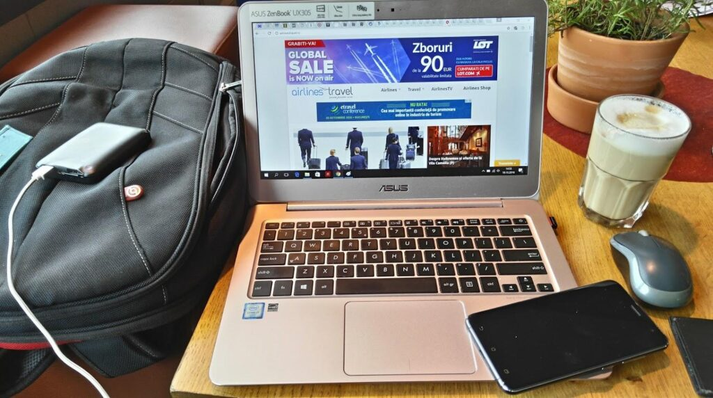 Handy-office-airlinestravel