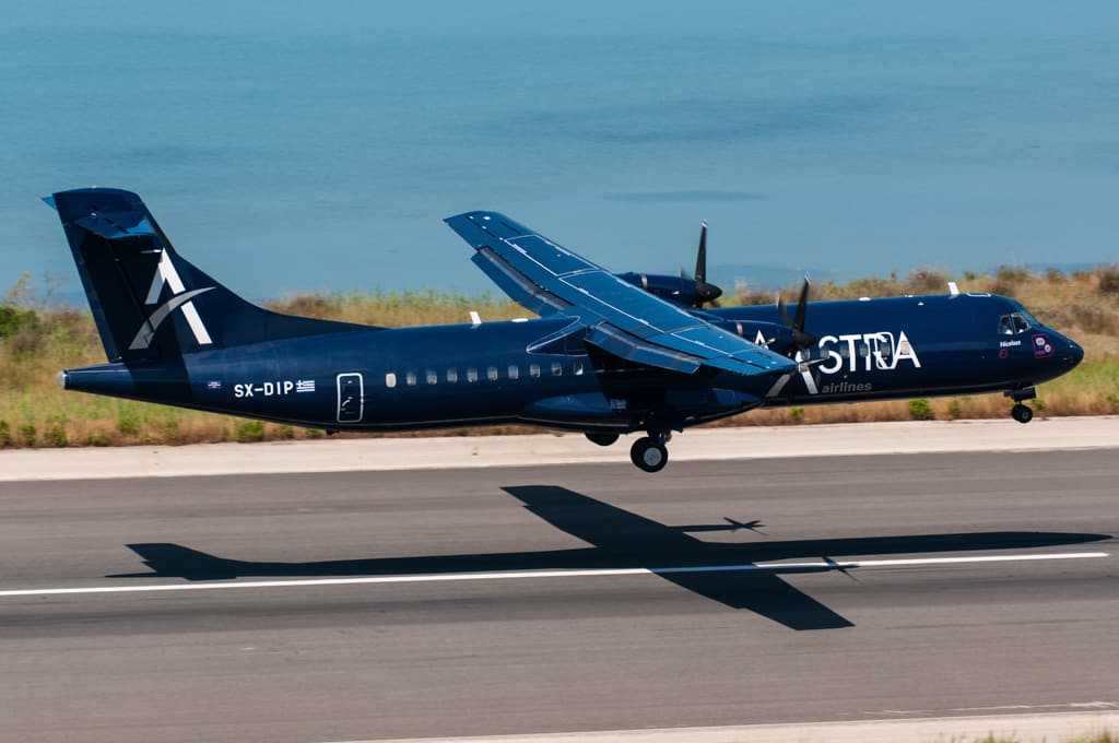 astra-airlines-atr-72