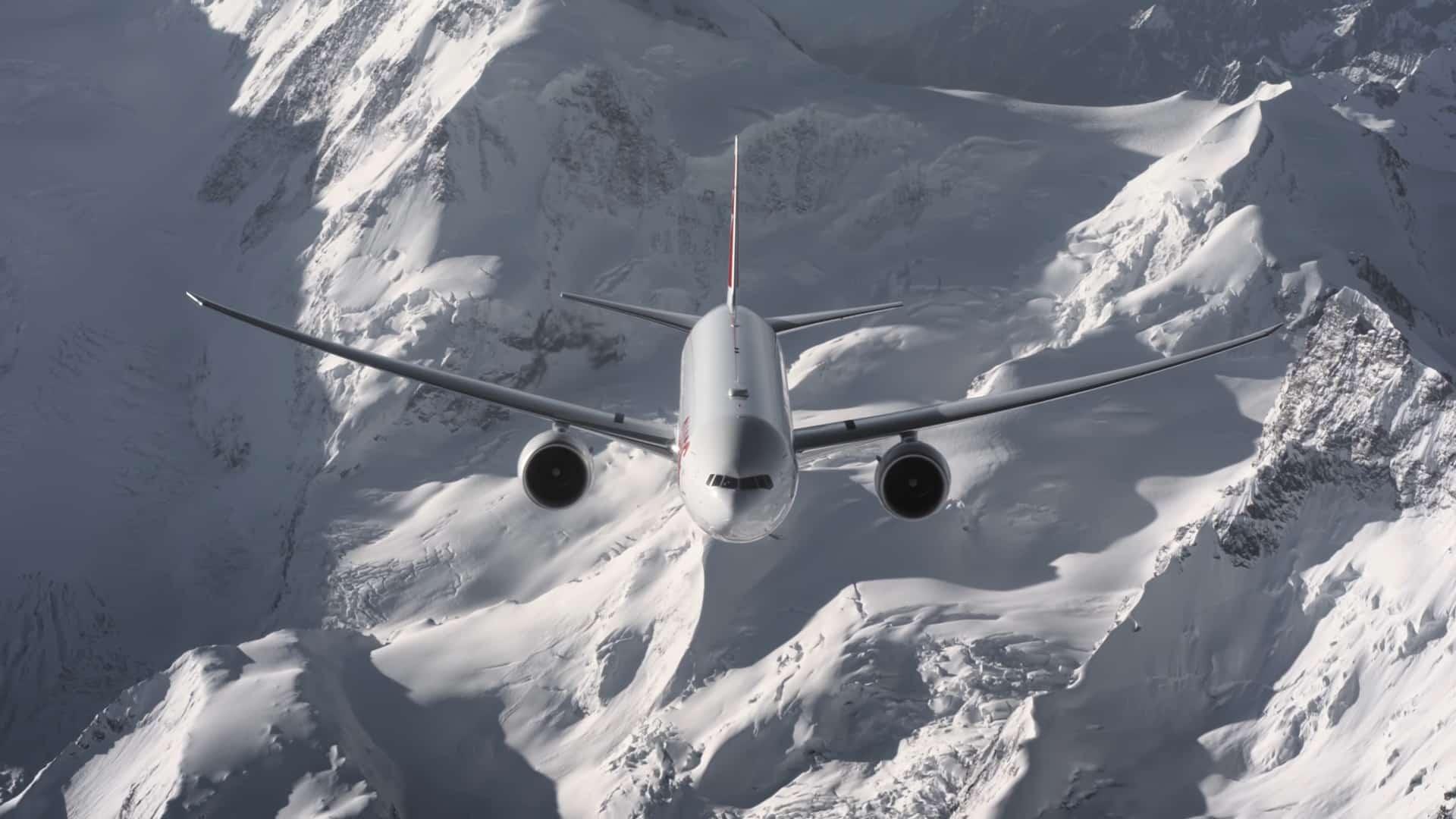 boeing-777-swiss-alpi