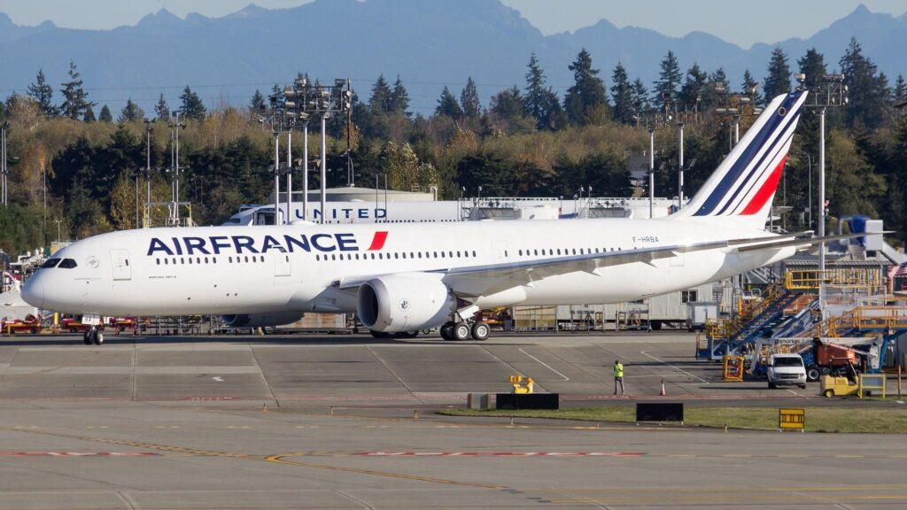 Boeing 787-9-2-Air France