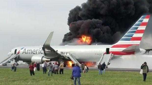 (Video) Un Boeing 767-300ER American Airlines în flăcări