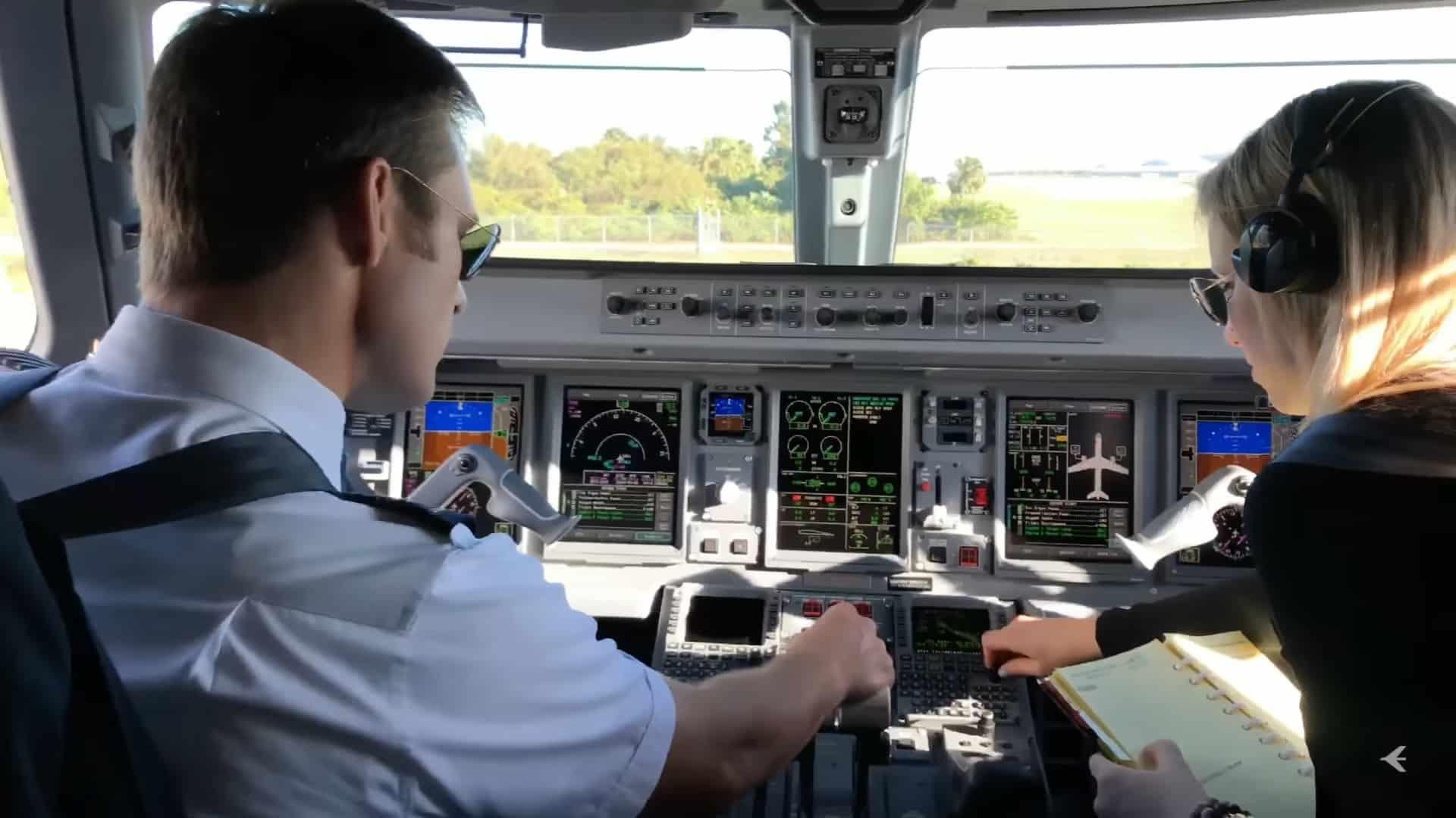 embraer-mannequinchallenge-1