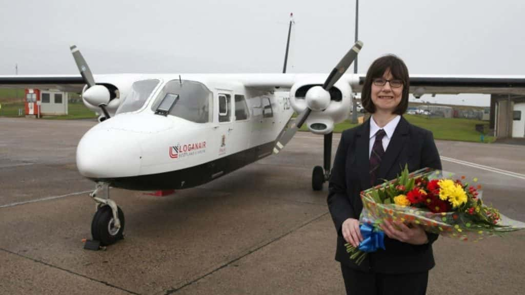 Anne Rendall-1-million-passenger-Loganair