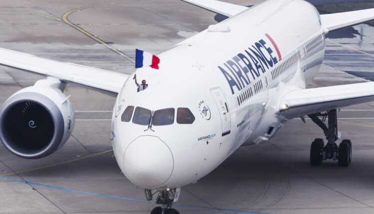 Primul Boeing 787-9 Air France a aterizat la Paris
