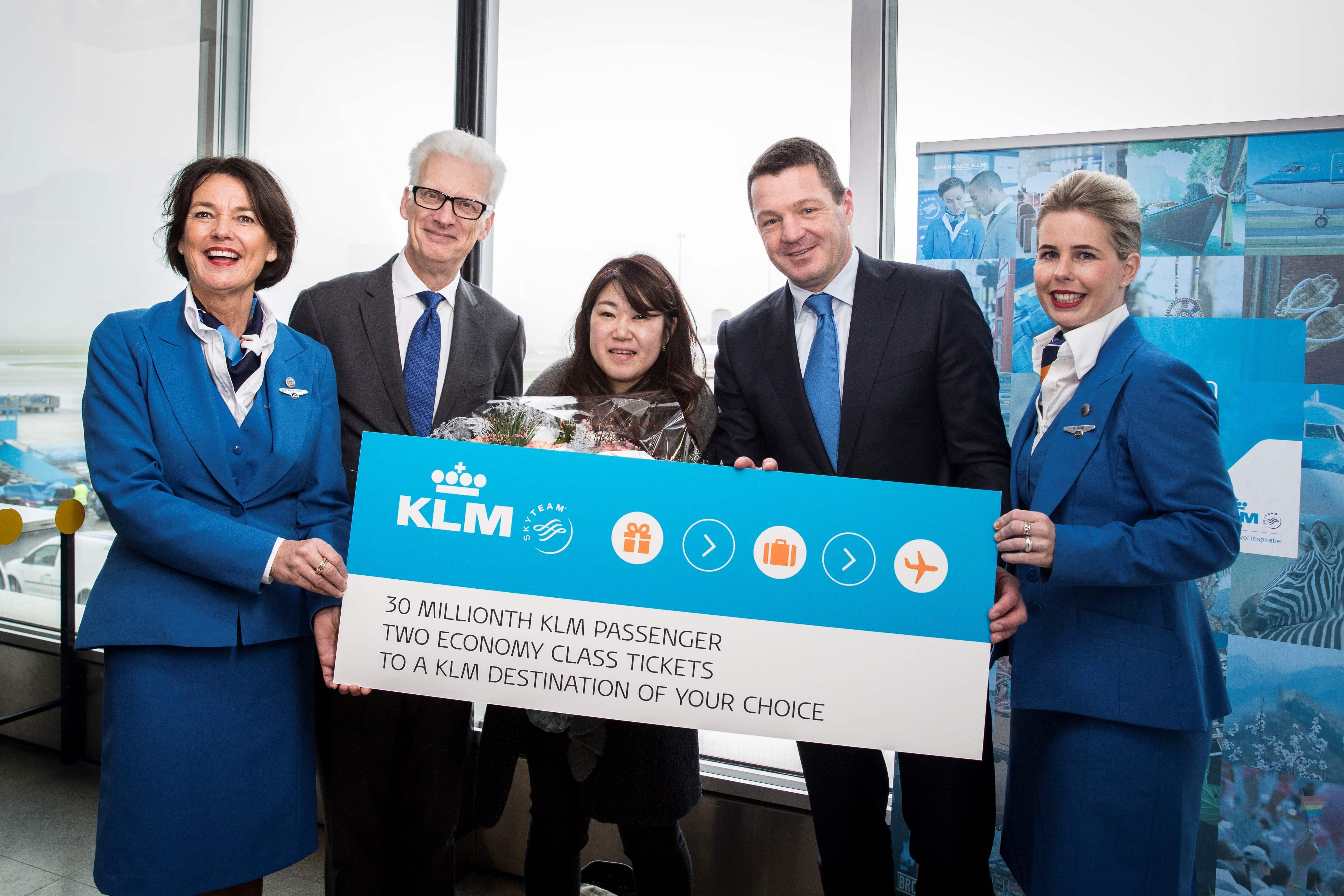 KLM-30-milioane-pasageri-2016