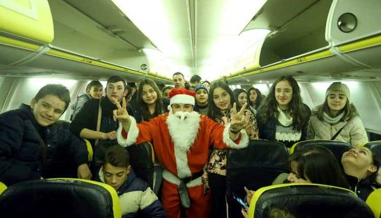 santa-flights-Ryanair-Craiova-Bucharest