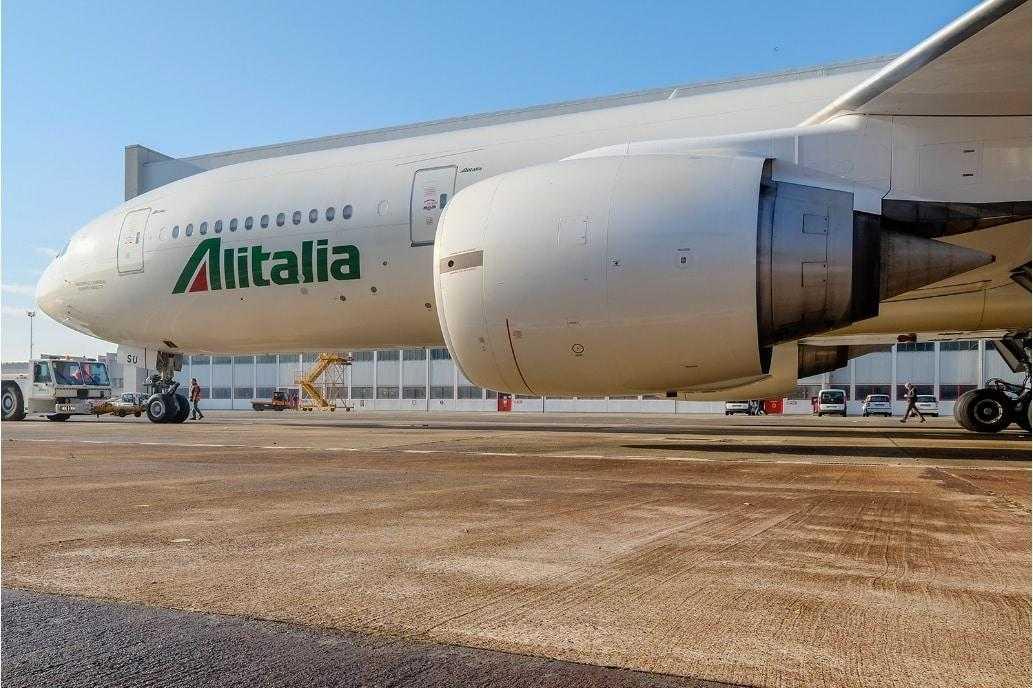 Boeing-777-Alitalia.jpg