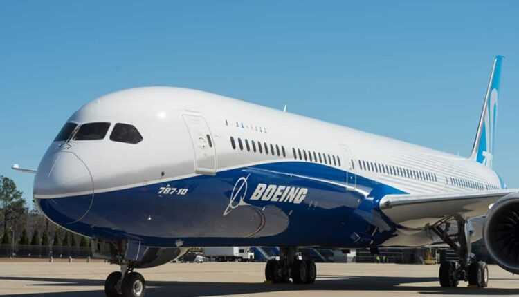 Rollout: Boeing 787-10 Dreamliner