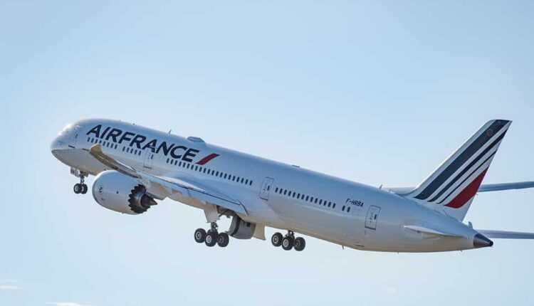 Boeing 787-9 Dreamliner Air France pe ruta Paris – Nisa