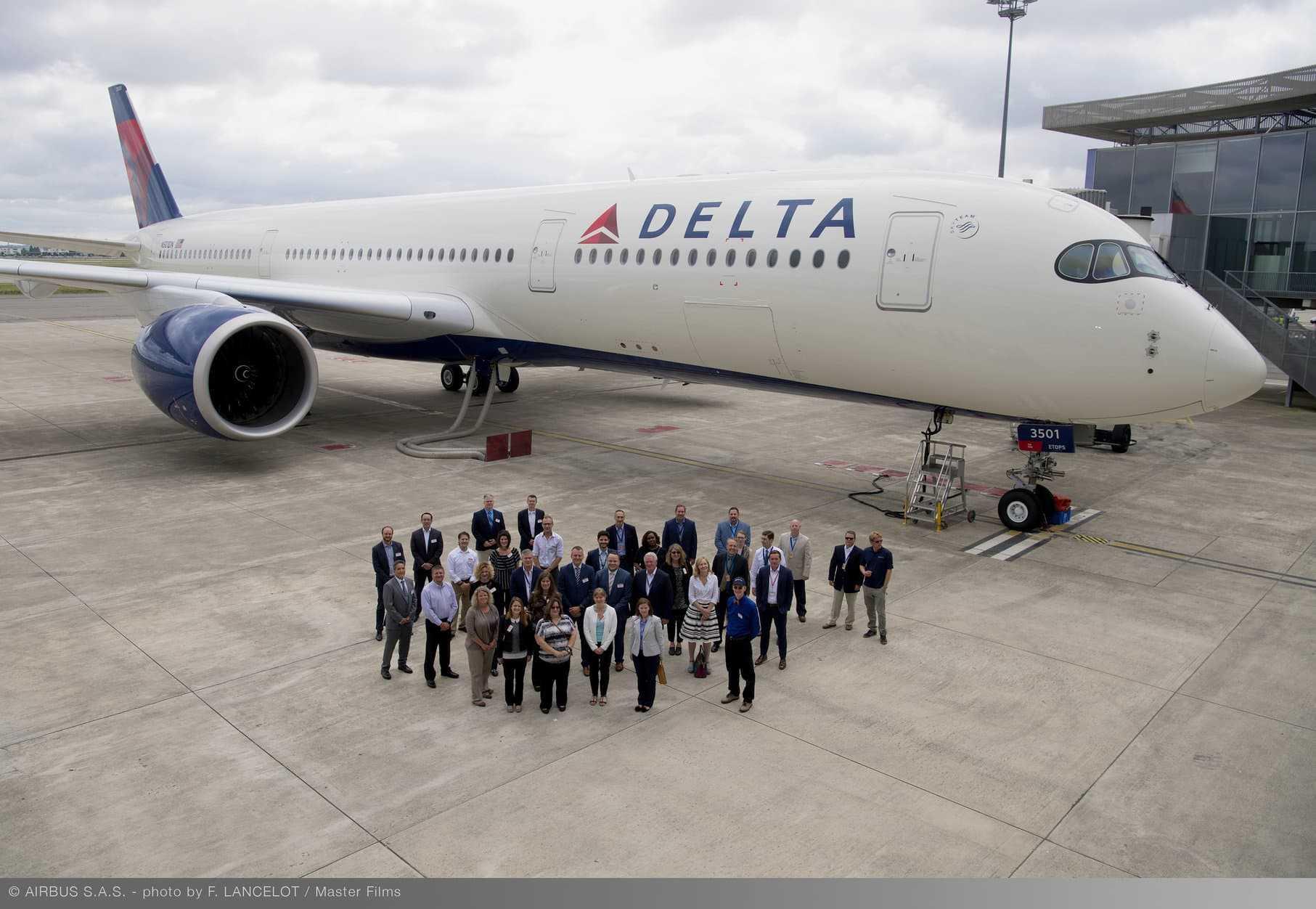 Airbus-A350-900-Delta-Air-Lines.jpg