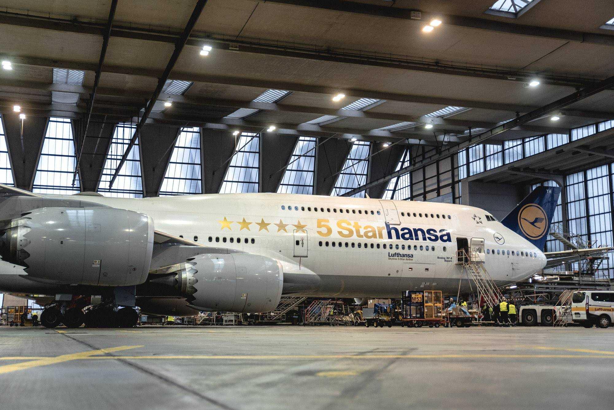 Boeing 747-8-5-2-Starhansa