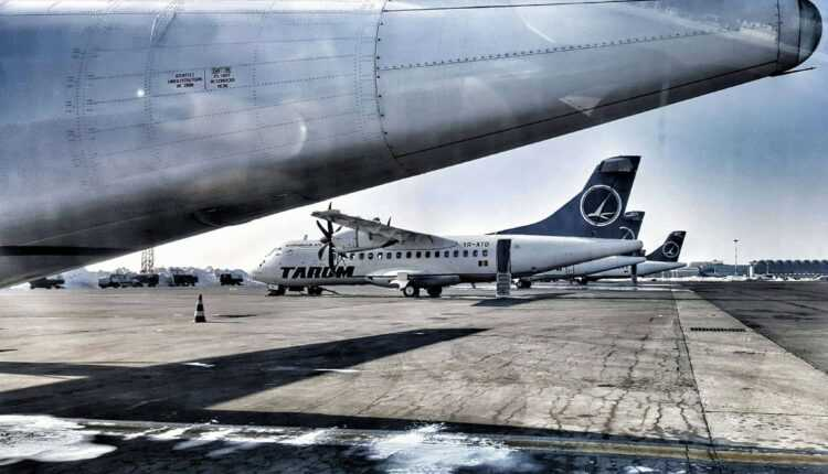 tarom planes