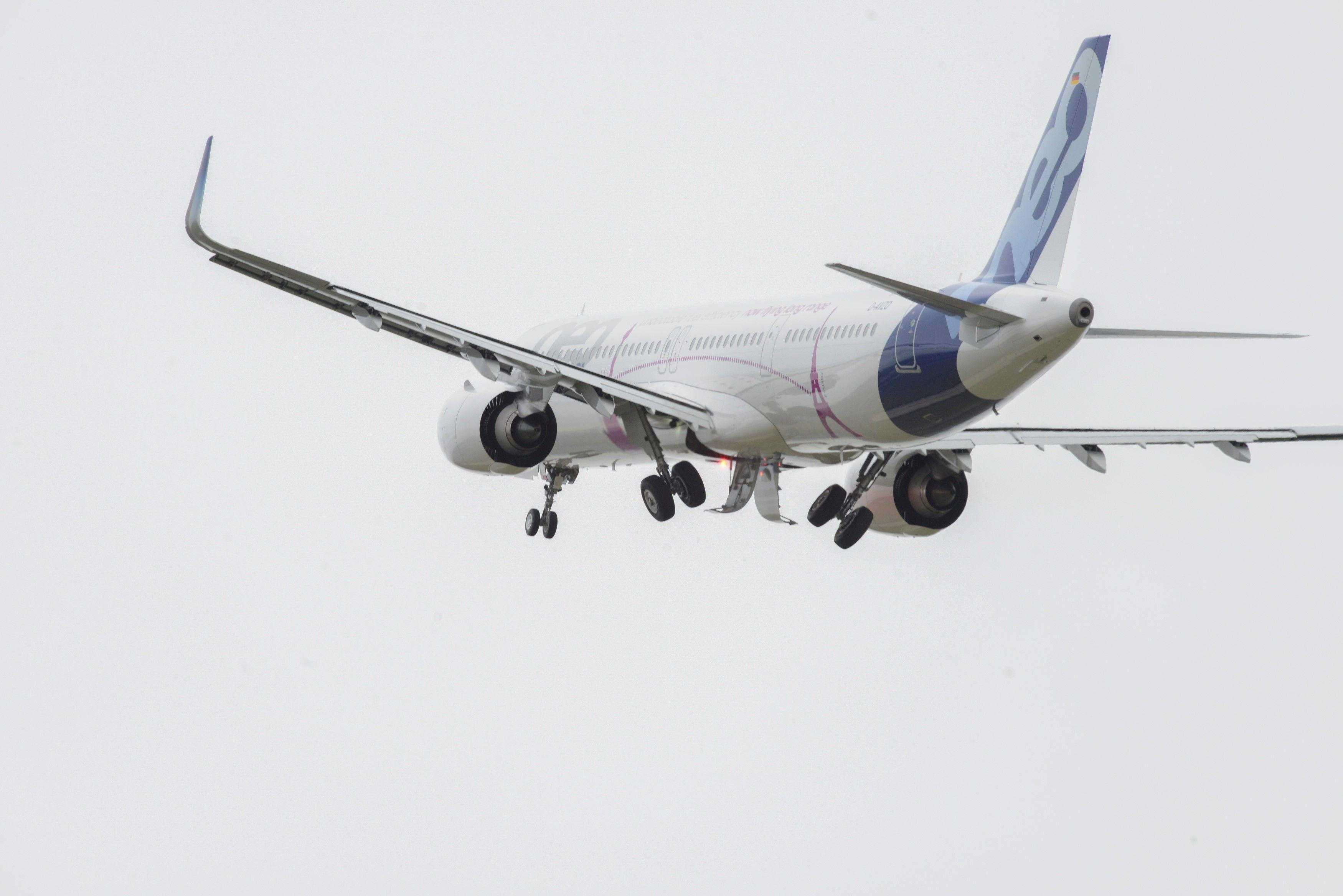 A321LR-first-transatlantic-flight-1
