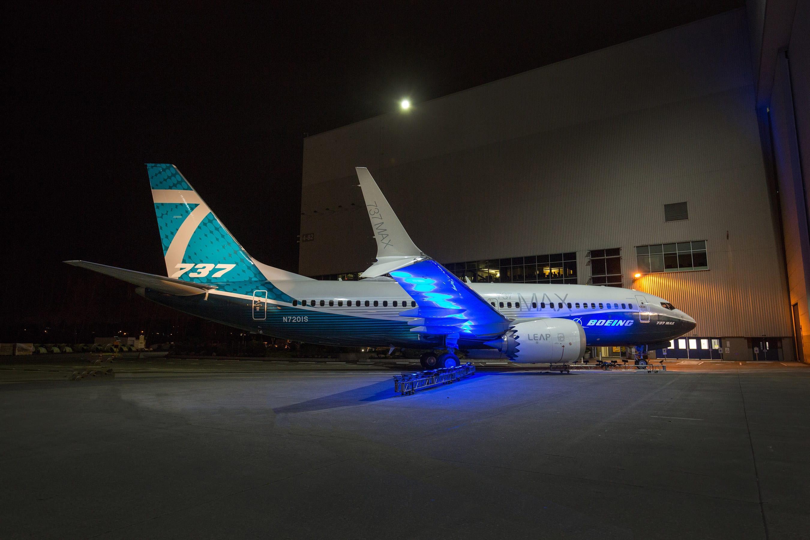 Boeing-737-MAX-7.jpg