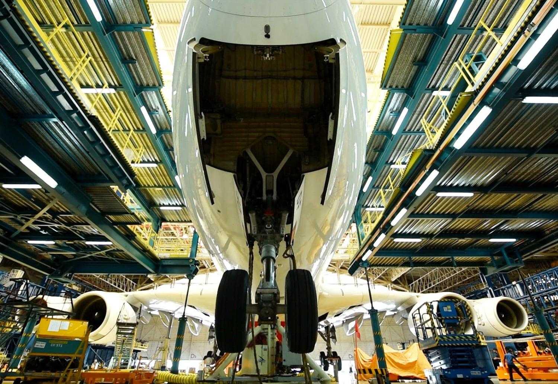 değişim tren iniş-a380-emirates-1