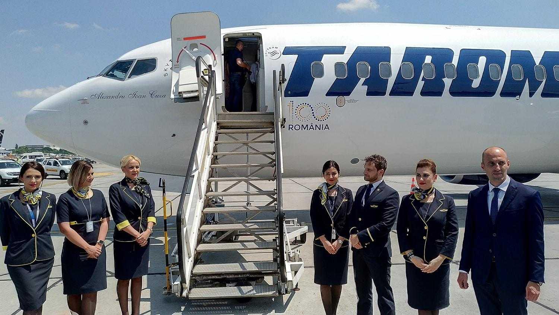 boeing-737-800-tarom-3