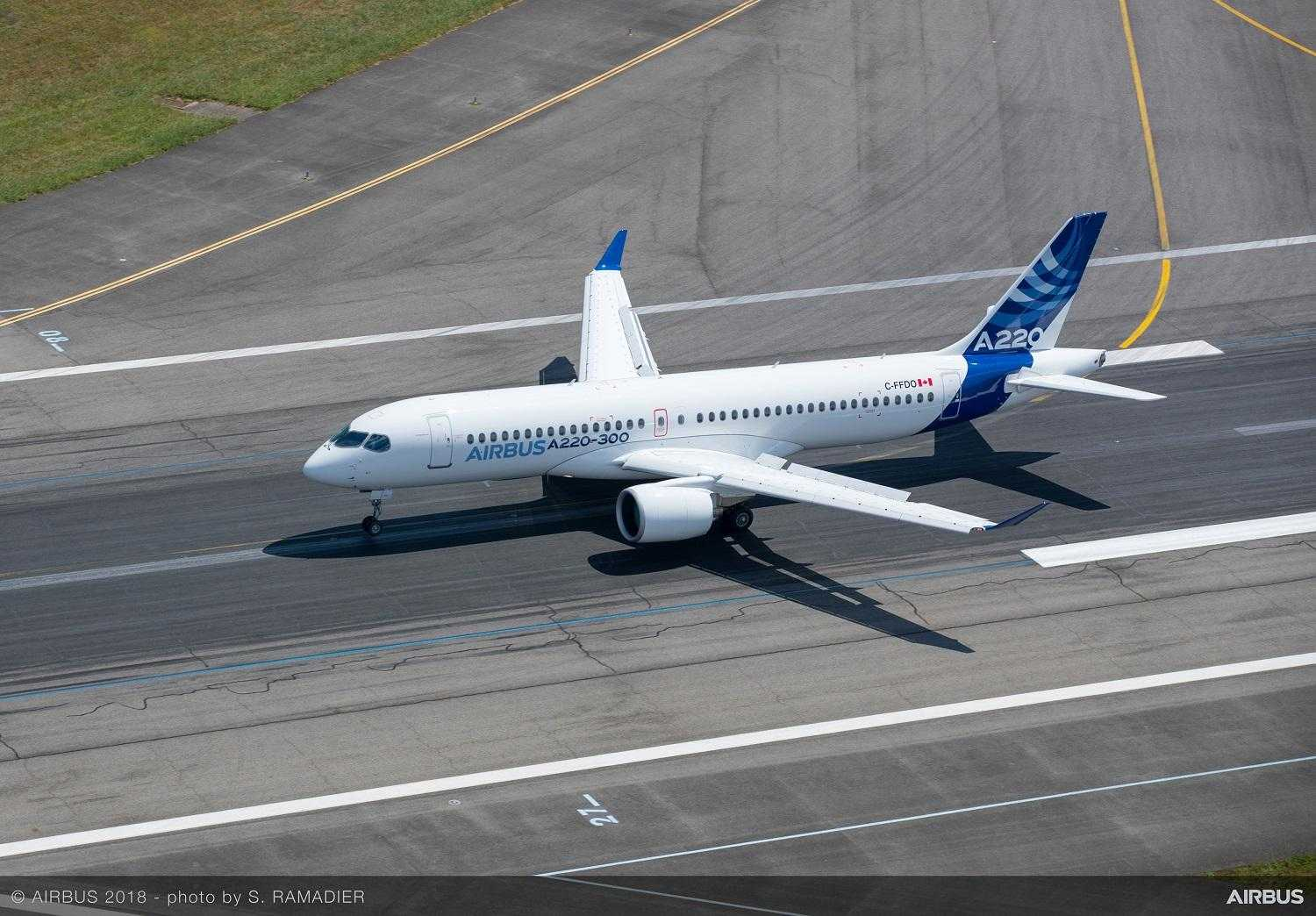 Airbus-A220-300-new-member-of-the-airbus-single-aisle-family-landing-019
