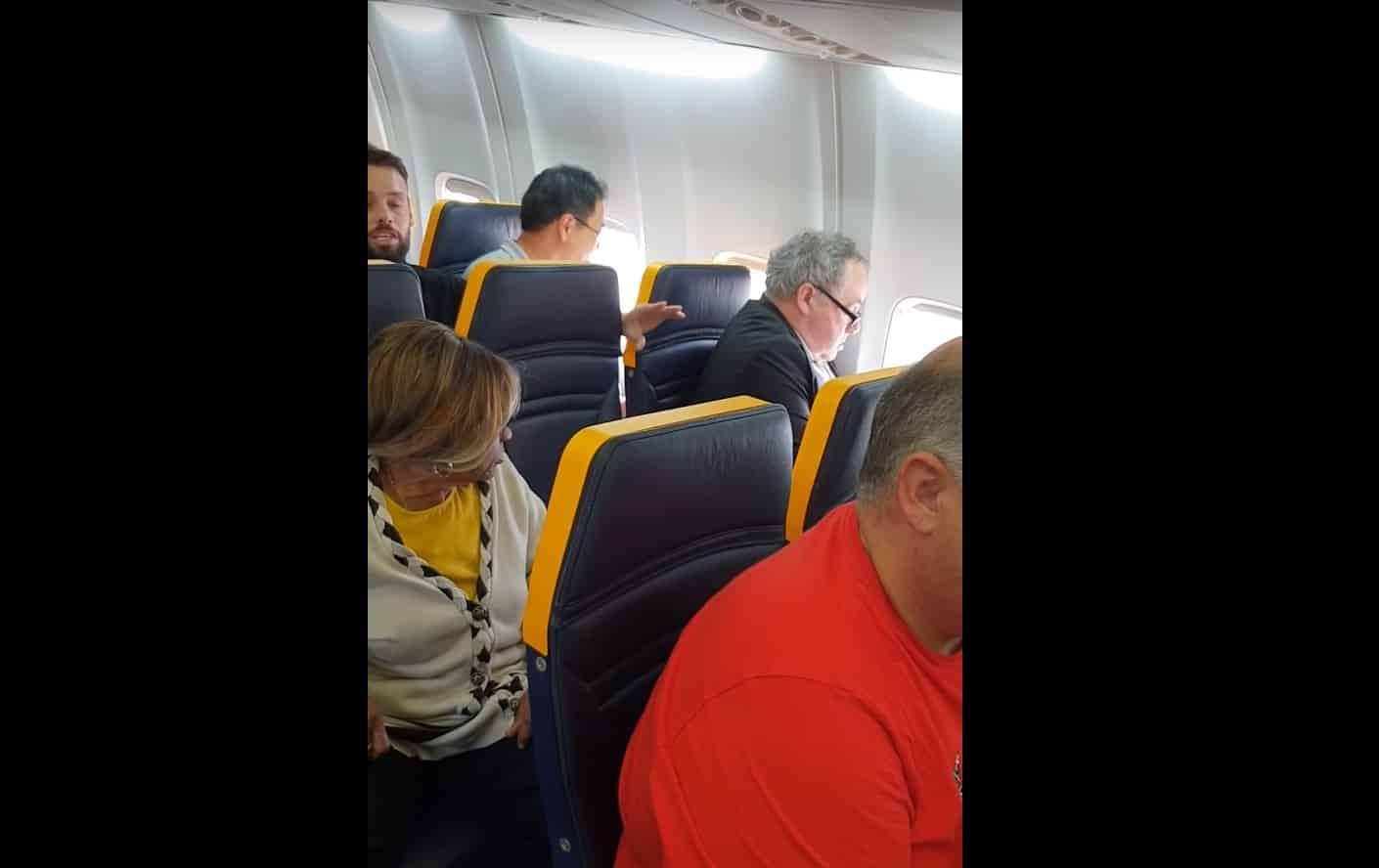 pasager-rasism-ryanair.jpg