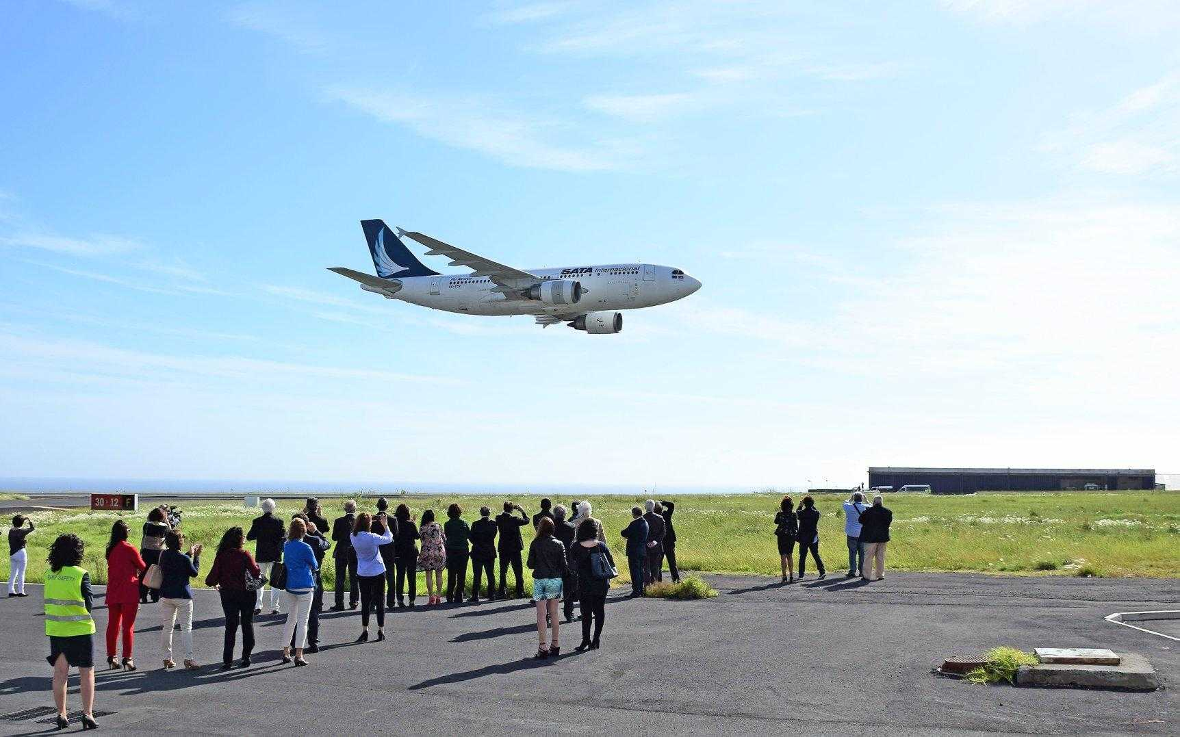 ultimul-zbor-a310-azores-airlines.jpg