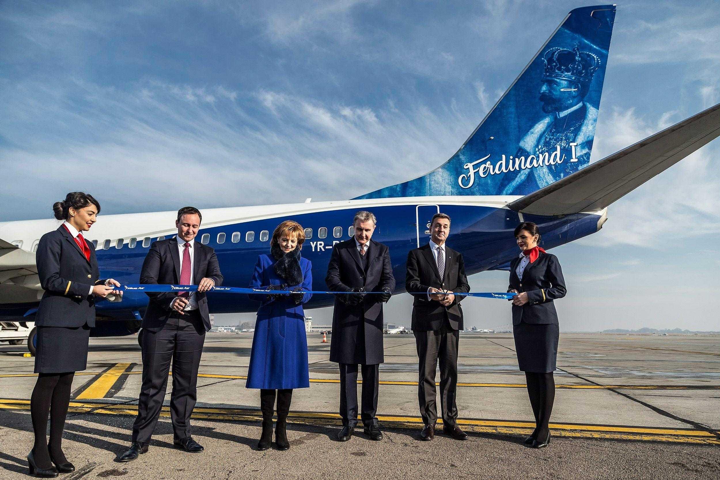 boeing-737-800-blue-air-ferdinand-1.jpg