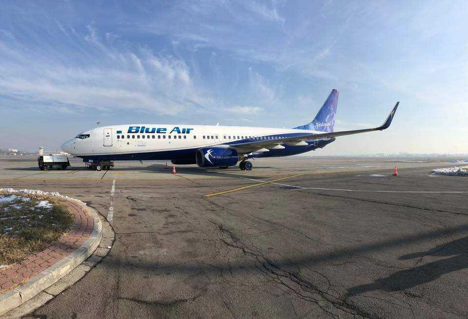 boeing-737-800-blue-air-ferdinand-I