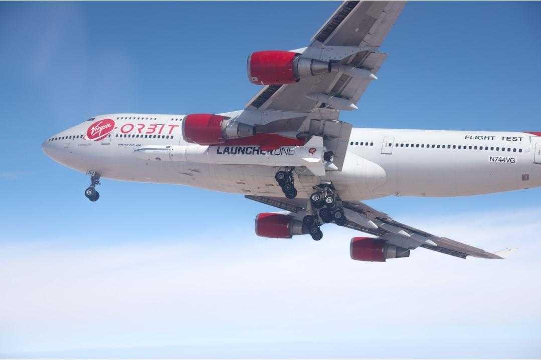 boeing-747-orbital-racheta-lansare.jpg