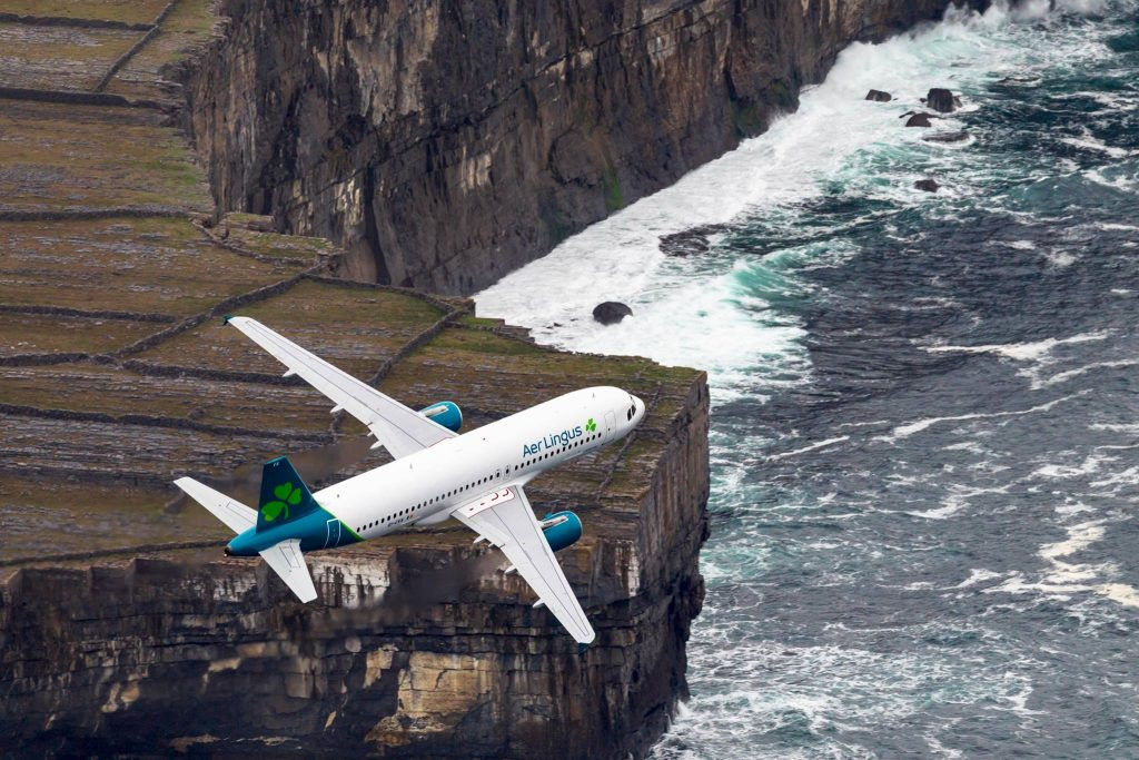 Airbus-A320-200-Aer-Lingus-New-Livery-Flight-1