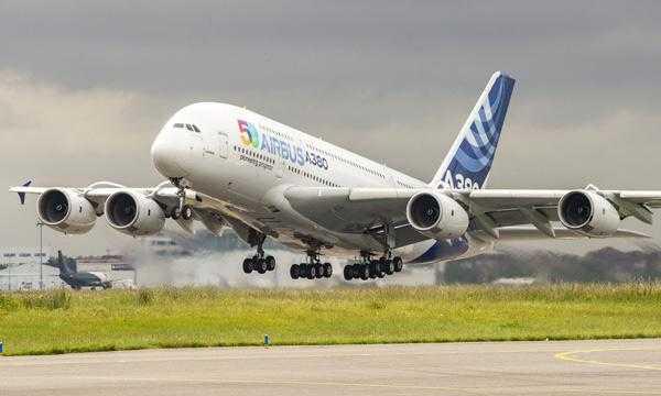 6-самолет-аэробус-ленточно-Патруль де Франс Airbus 50-летний 3