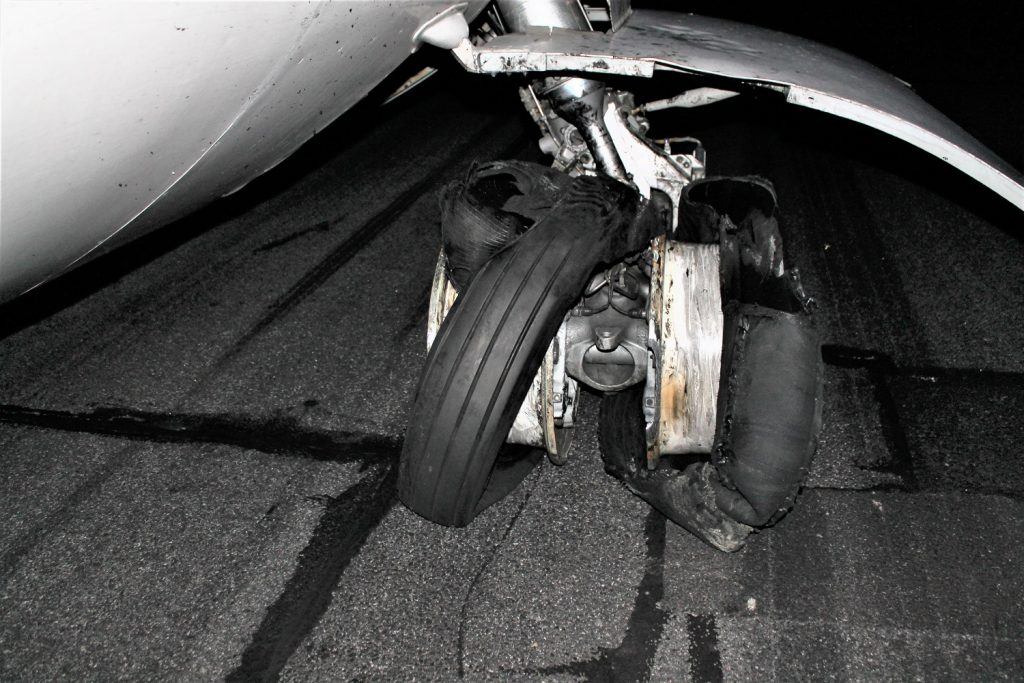 TAROM ATR incidente, 42-ruota-locked