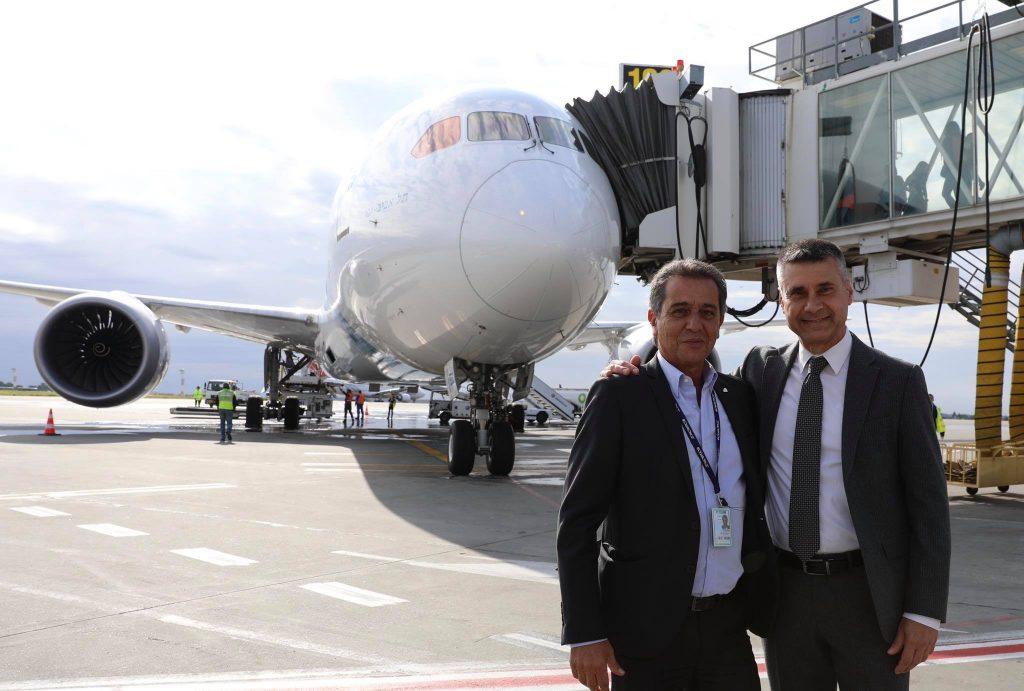 Boeing 787-el the Bucharest-3