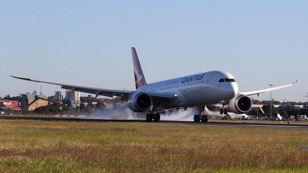 New York - Sydney with Qantas - full flight