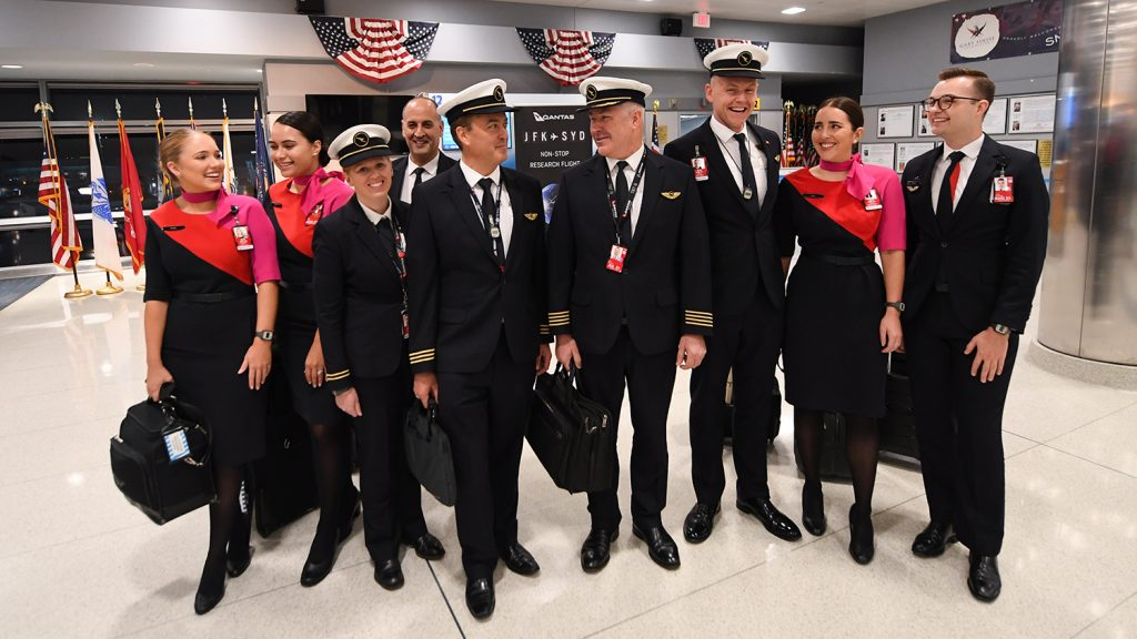 紐約 - 悉尼的澳航飛行機組人員,1