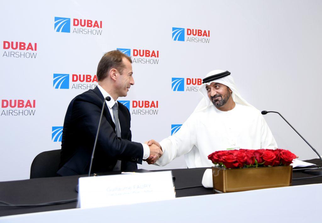 Airbus ve Emirates 50 A350XWB uçağı için sözleşme imzaladı