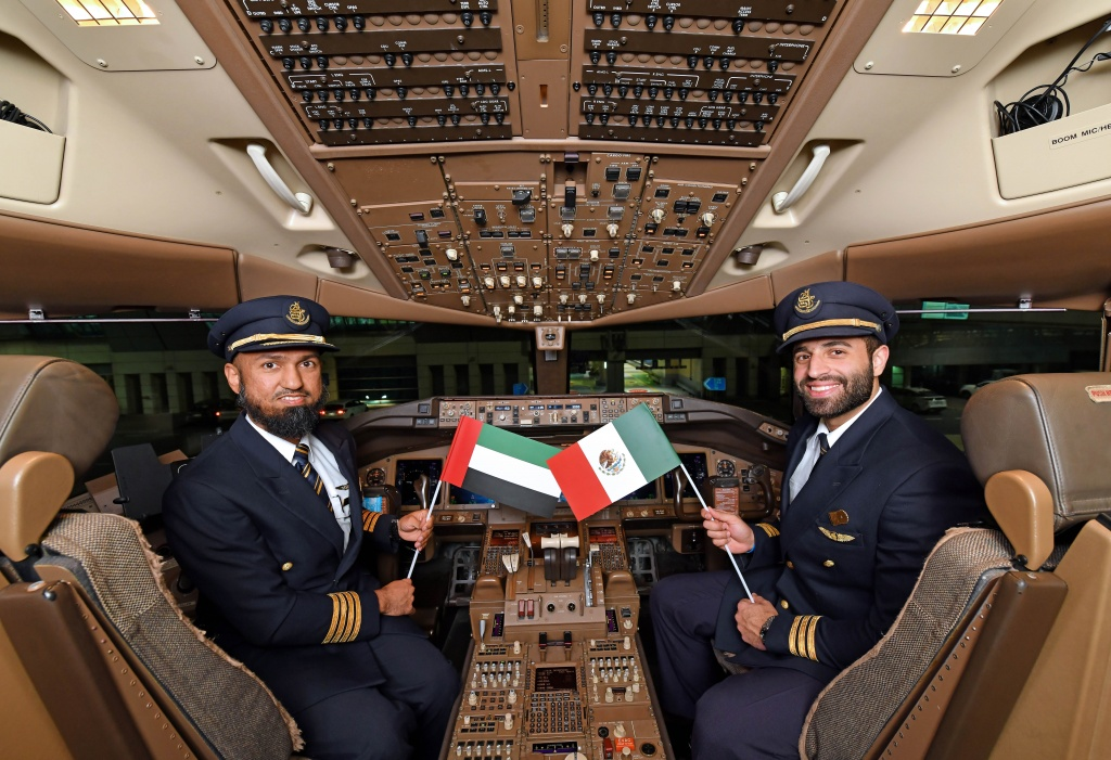 din cockpit: Dubai - Mexico City via Barcelona