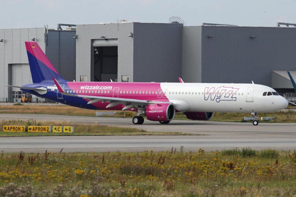 самолеты-Wizz-воздушные рейсы-Канада-США