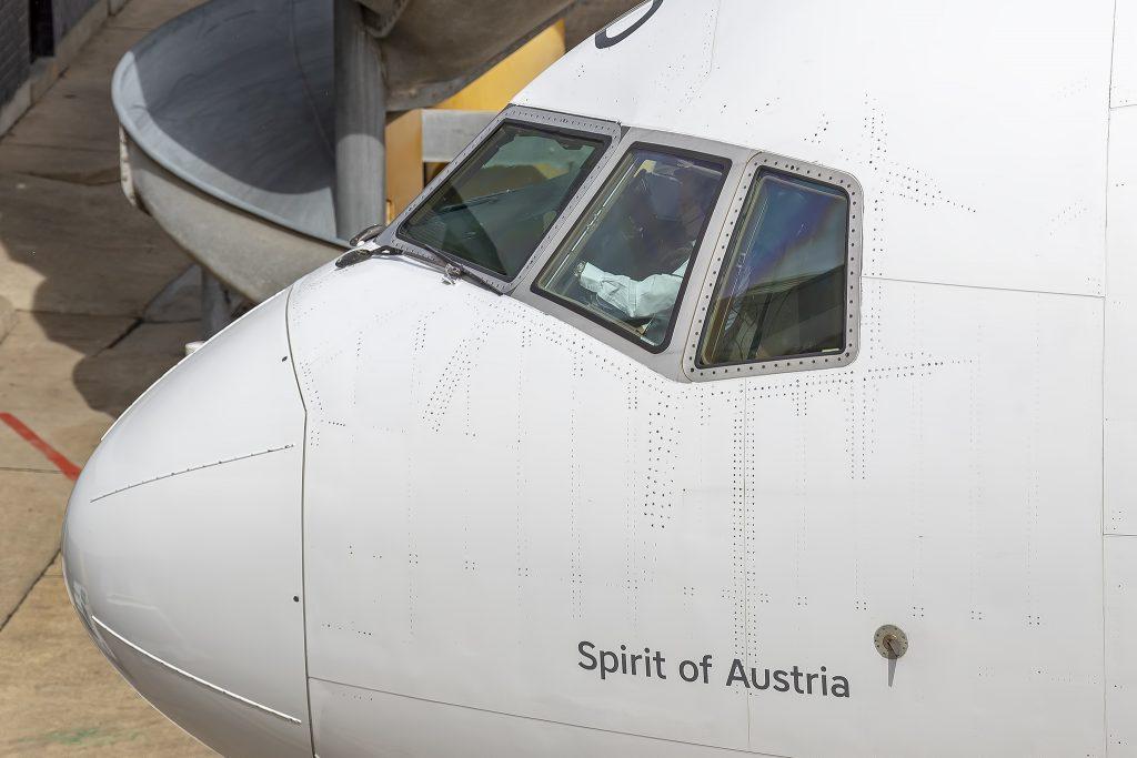 Boeing 777-200LR-austriaca-compagnie-Vienna-Sydney
