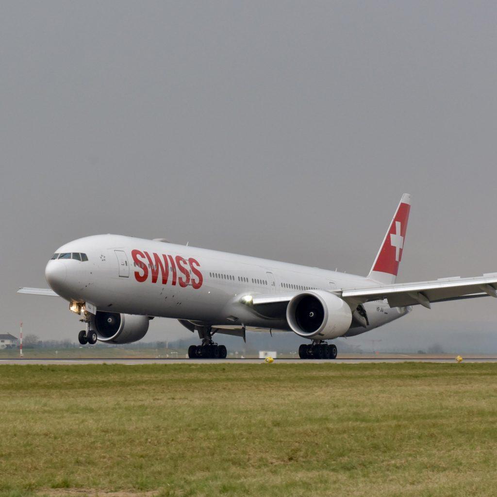 Boeing 777-300ER-швейцарско-1-Сантьяго-Цюрих