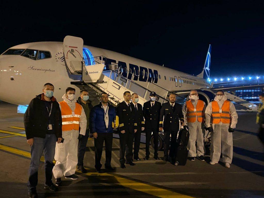 echipaj zbor cargo tarom china romania