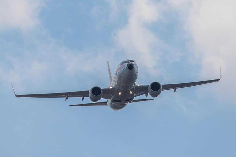 Самолет Boeing 737-700 YR-BGG TAROM в День авиации Румынии