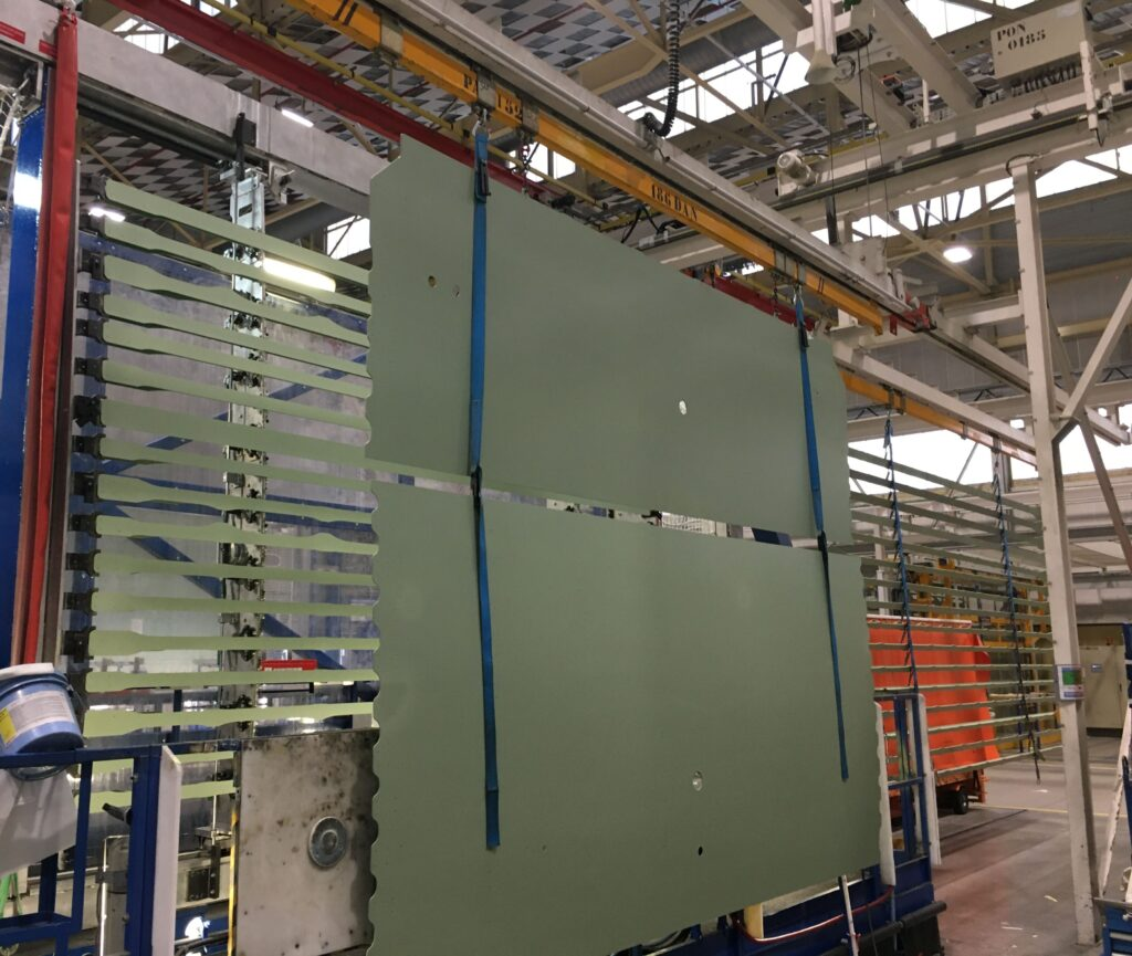 Airbus setzt die Montage des neuen Flugzeugs A321XLR -1 fort