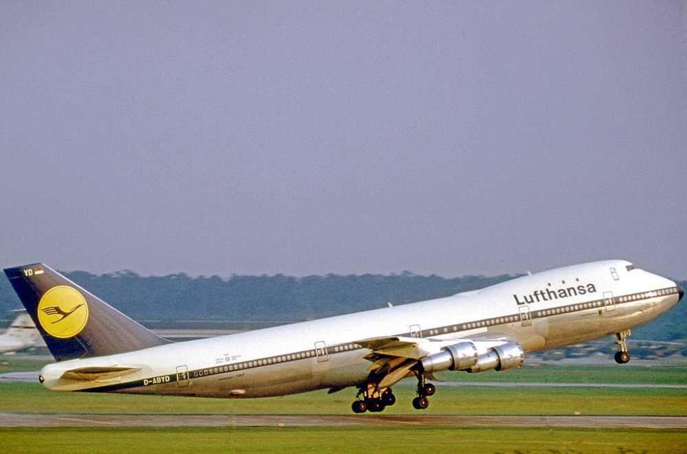Boeing-747-230B-D-ABYD-lufthansa-649