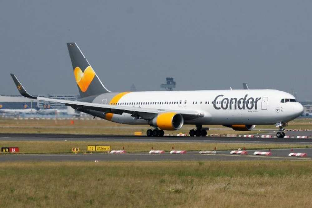 Condor opera-spedizioni-merci-con-Boeing-767-300-per-DHL-Express-1