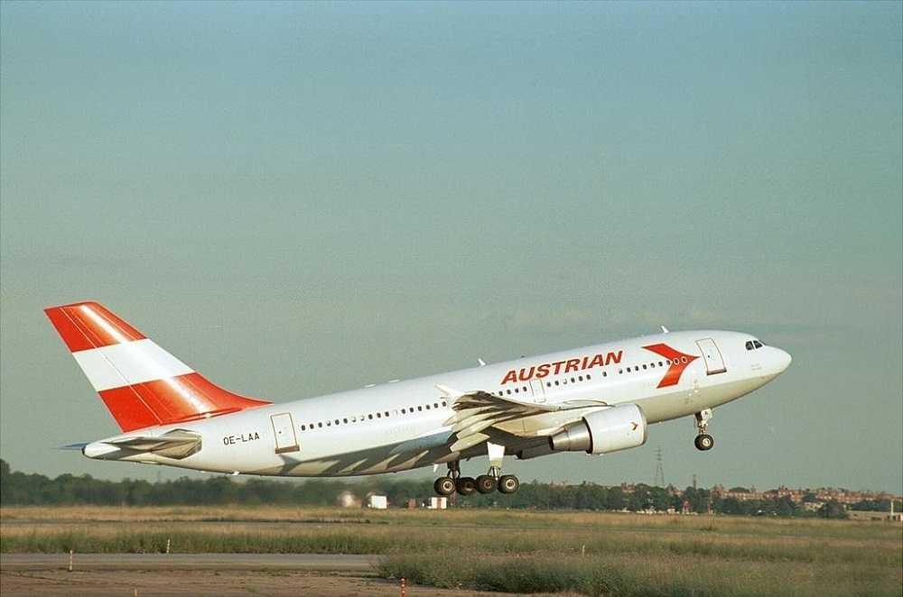Austrian-Airlines-OE-LAA