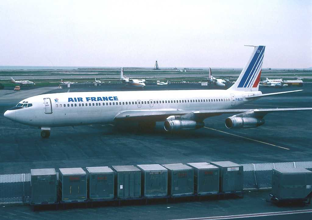 Boeing-707-328C-Air-France-Flug-212