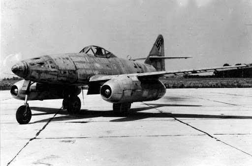 Messerschmitt-Me-262-V1