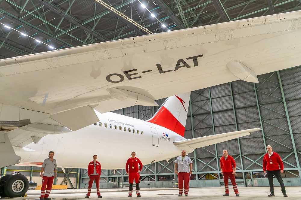 Boeing 767-300ER OE-LAT - bye bye
