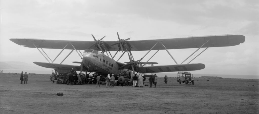 Handley-Page-HP42